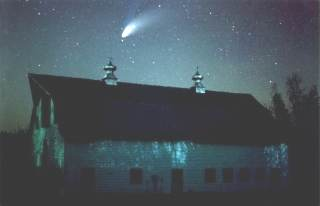 © 1997 Stowe Keller - Comet Hale-Bopp over the Barn